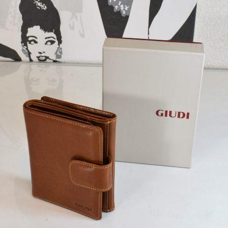 hnedá kožená peňaženka giudi