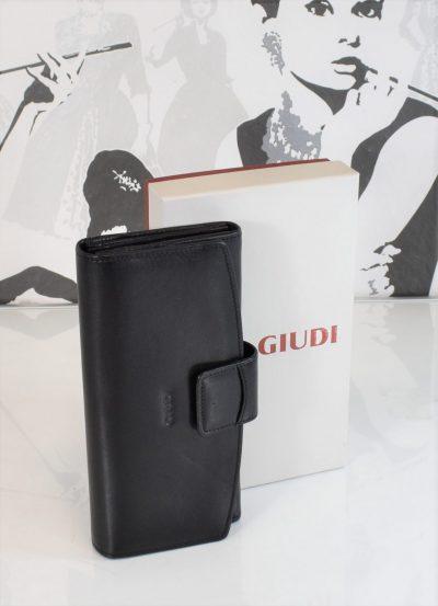 Elegantná dámska peňaženka značky GIUDI v čiernej farbe
