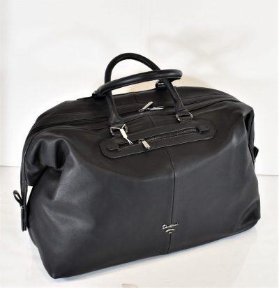 Praktická, športovo elegantná cestovná taška s prídavným dlhým ramienkom