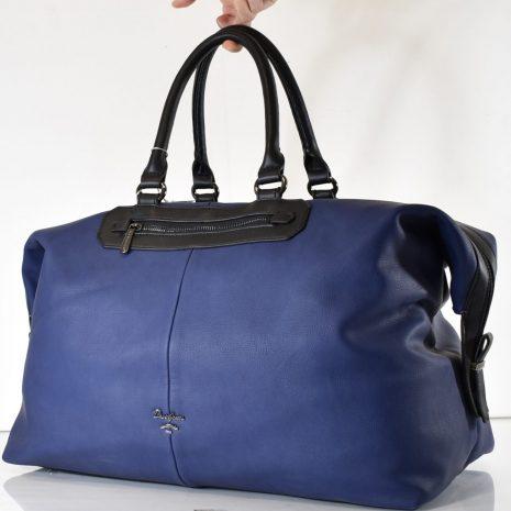 modrá taška cestovná