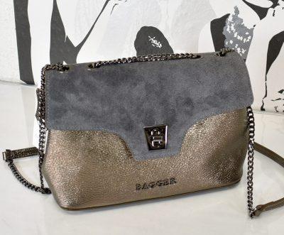 Extravagantná kožená kabelka Vhodná na rôzne spoločenské akcie alebo do práce.