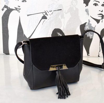 Elegantná dámska kabelka vhodná aj na spoločenské akcie