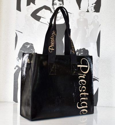 Praktická dámska kabelka na rameno s prídavným ramienkom. Štýlová kabelka s množstvom úložného priestoru