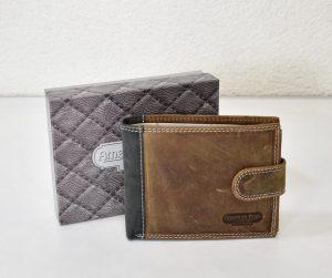 Štýlová peňaženka z brúsenej kože v hnedej farbe