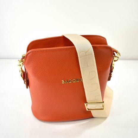 Crossbody kožená kabelka oranžová BAGGER