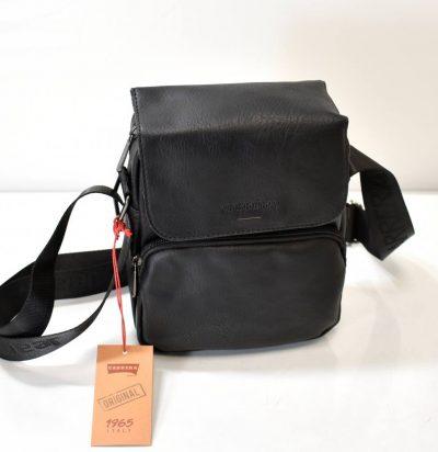 Praktická pánska kabelka s nastaviteľným ramienkom v čiernej farbe