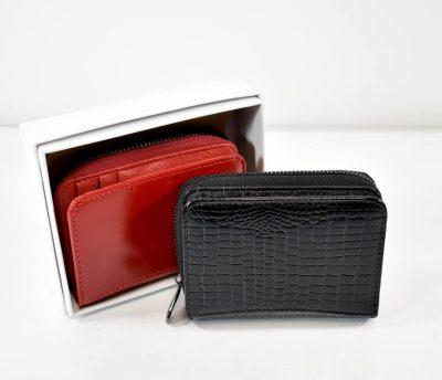 Kožená dámska peňaženka s lakovaným povrchom od talianskej značky LORENTI