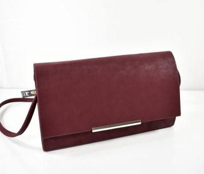 Elegantná kabelka do spoločnosti vo fialovej farbe s prídavným ramienkom