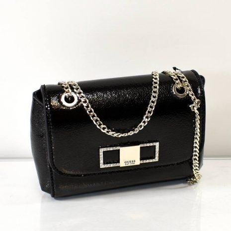 čierna laková spoločenská kabelka GUESS