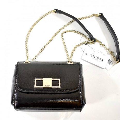 Malá dámska GUESS čierna laková kabelka s retiazkami 868