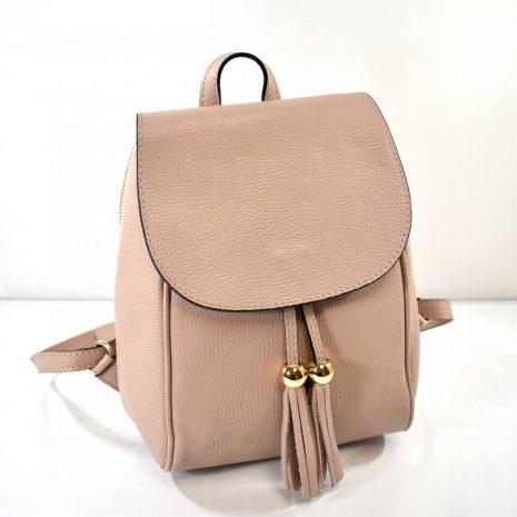 Dámsky kožený pudrový ruksak so strapcami
