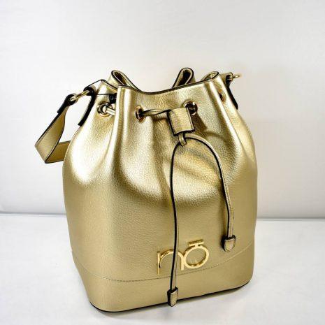 Štýlová, extravagantná kabelka na rameno s dlhým nastaviteľným prídavným ramienkom