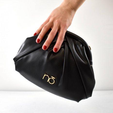 Elegantná dámska čierna kabelka crossbody