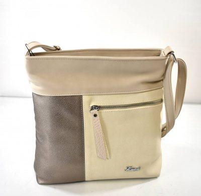 Športovo elegantná dámska kabelka v krémovej farbe s nastaviteľným ramienkom
