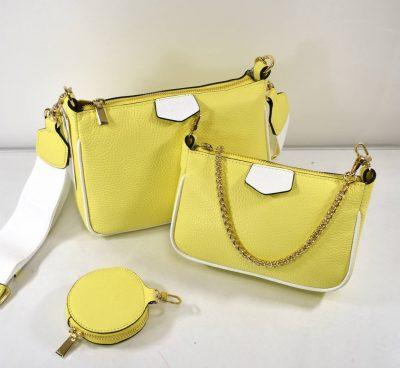 Športovo elegantná, štýlová kabelka ktorá sa skladá z dvoch malých kabeliek a kapsičky na drobnosti