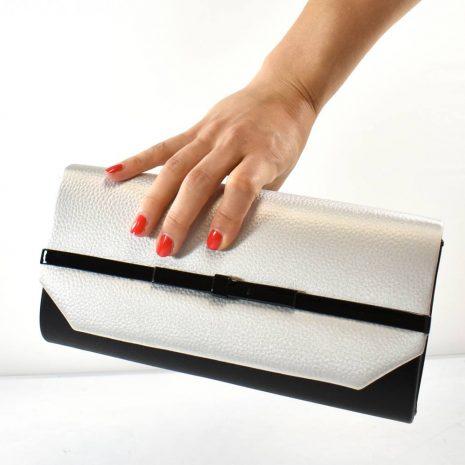 Dámska listová čierno strieborná kabelka