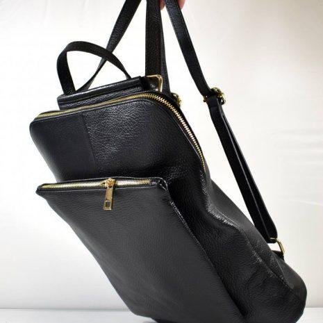 Veľký praktický dámsky čierny kožený batoh