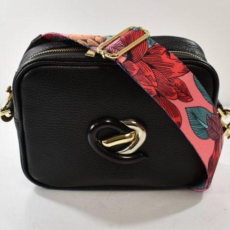 Dámska crossbody čierna kožená kabelka BAGGER